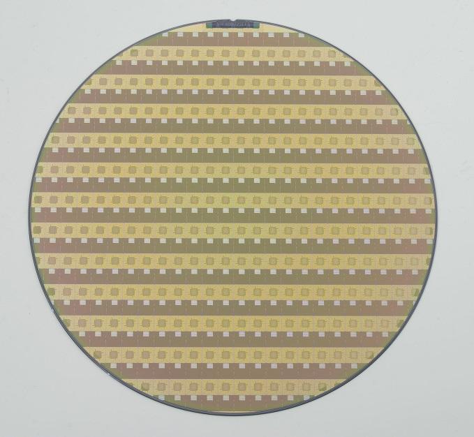 P2-Die-001 (Small).jpg