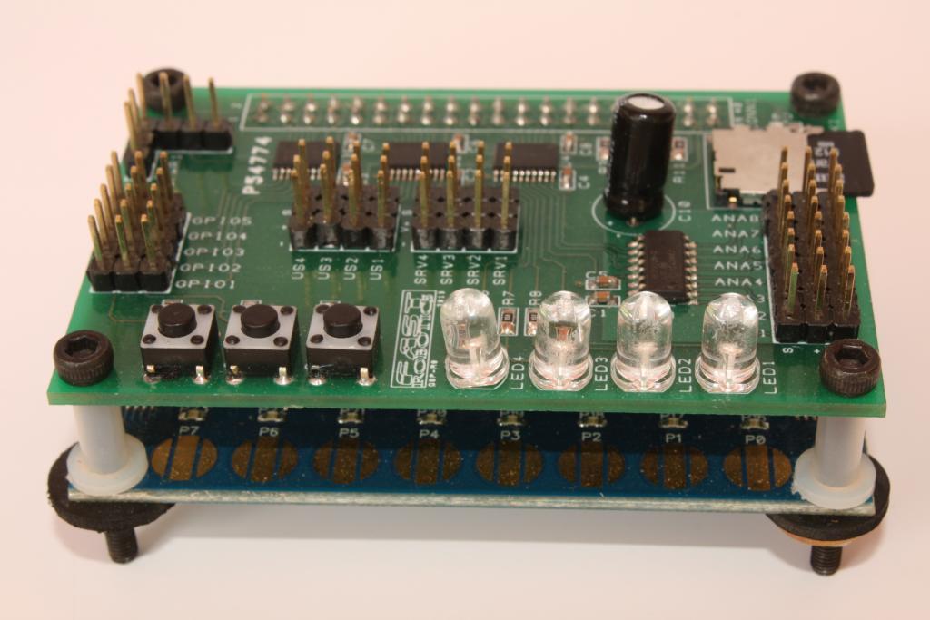 810001A_Robot Shield ISO.jpg