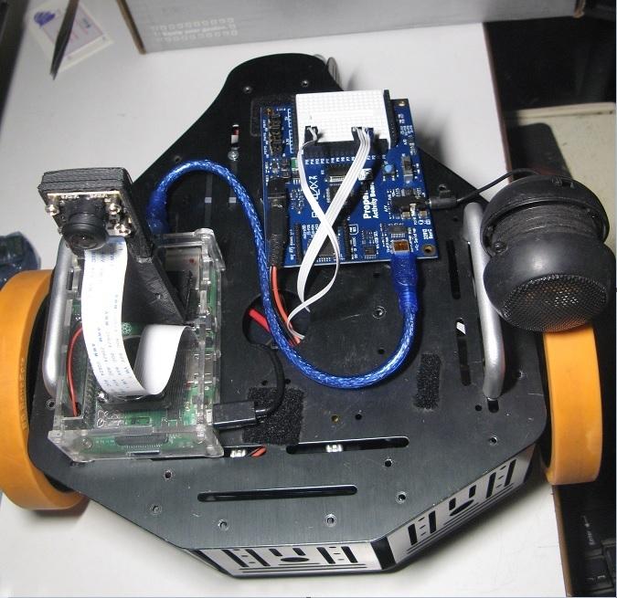 LetsrobotTV_Stingray_robot.jpg